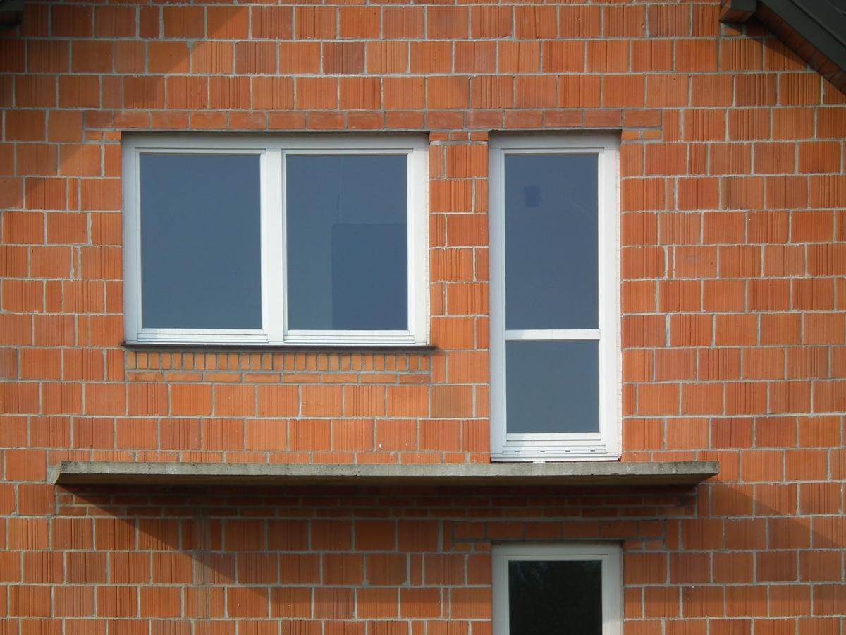 Tutti i vantaggi delle finestre in pvc il centro serramenti milano - Rivestire i davanzali delle finestre ...